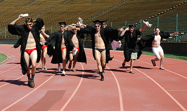 stanford-2005-mens-swim-wacky-walk